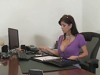 Super Hot MILF Miss Alexis