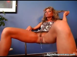 Sexy blonde MILF spreads her legs part4
