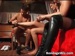 Hot looking brunette gets wet pussy part1