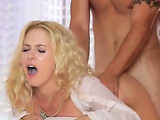 pleasing blonde fucking hard in bedroom