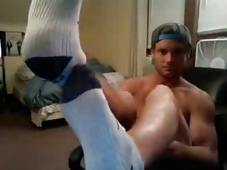 chatroulette straight male feet - HOT straight hunk!