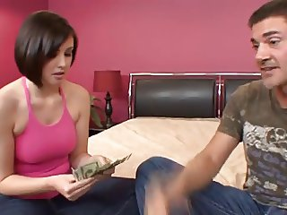 Sexy Brooke Lee Adams Fucts Ugly Mike For Employment 420