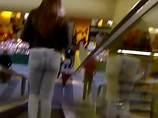 Candid - Teen Ass In Tight Jeans