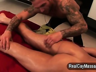Amateur straighty rubbed by masseur