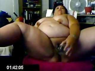 Latina Fits A Corona Bottle In Her Pussy - negrofloripa