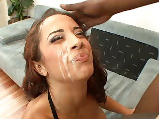Mulani Rivera cummed on cheek and lips