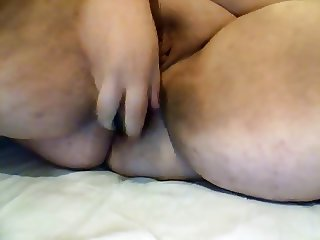 Big thighs, fat lips and wet pussy 2