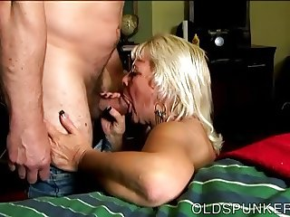 Sexy old spunker loves it when you cum in her mouth