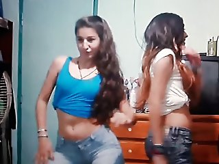 Teen Camilla M. Shake Perfect (Dance)