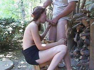 Saphire Rae outdoor cock sucking