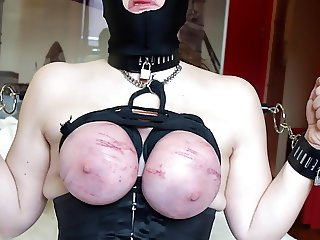 Session december 2016: Hot wax on breasts tied