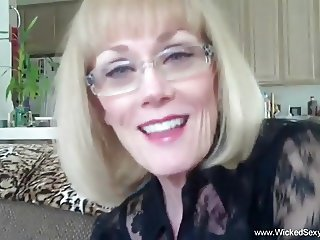 Wicked Melanie Amateur GILF