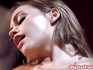 Glamour model cockriding in taboo duo