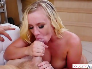 The Big Muscly Dude Fucks Bailey Brooke