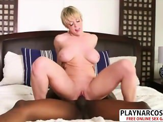 Nice Mother Dee Williams Gives Handjob Sweet Touching Step Son