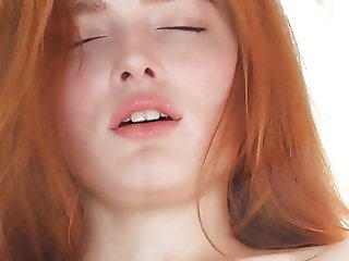perfect rehead Jia Lissa enjoys an orgasm