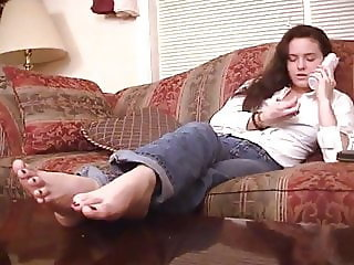 My teenage babysitters FEET..real home vid.