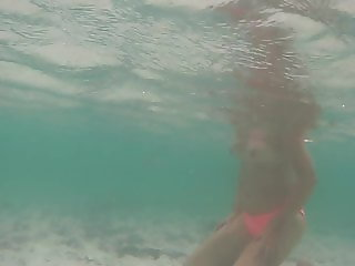 Awesome Boobs under water