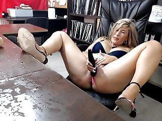 Slutty MILF squirts with vibrator