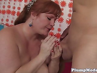 Redhead BBW riding cock cowgirl style