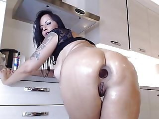 Amazing mature women fuck her big ass and pussy