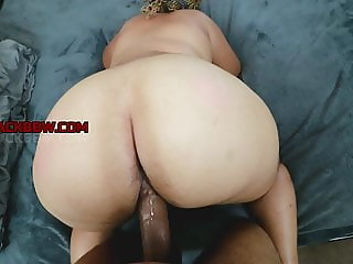 SEXY THICK RED BONE MILF WET PUSSY BACKSHOT