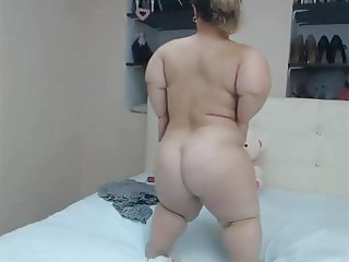 SUBLIME CURVY MIDGET DANCE