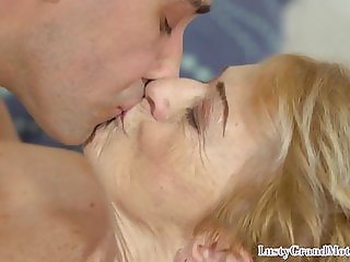 Dickriding grandma plowed by younger guy