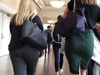 Candid thick coworker ass in tight pencil skirt