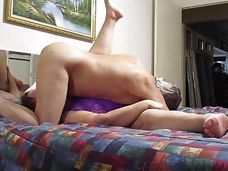 FUCKING AND LICKING HER BIG PUSSY