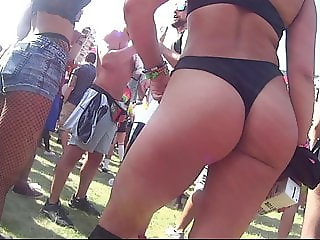 Epic festival thong ass ! Butthole at the end !