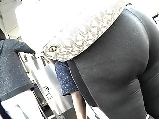 Big booty day out..