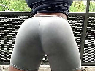 Sexy Ass Shaking