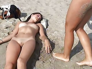 Nude Beach Beautiful Girls