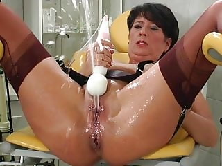 Mature in stockings squirts lots