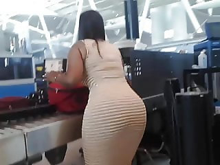 Hot Puerto Rican big ass wide hips chick at the airport Pt 2