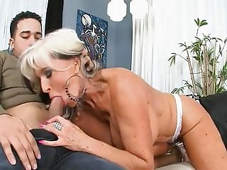 Huge Tits Mature Mom