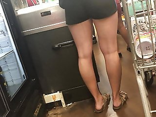 Toned Legs & Butts Soccer Girls Wally World Shoppers