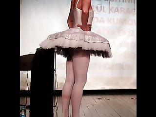 Turkish Ballerina - Visible Ass