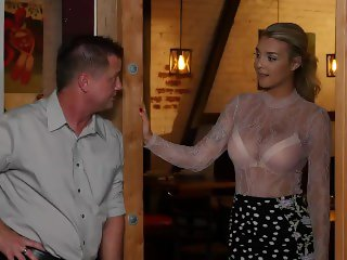 naughty america - gabbie carter plays with her friends dad