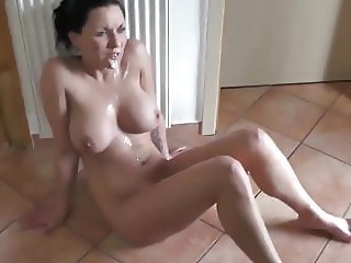 Fuck my girls best girlfriend and cum twice on her