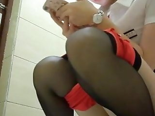 Amateur Hidden Cam Asian Public Toilet Pissing Compilation 0