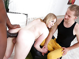 Cuckold Watches Black Bull Ruin Housewife Madison Lush