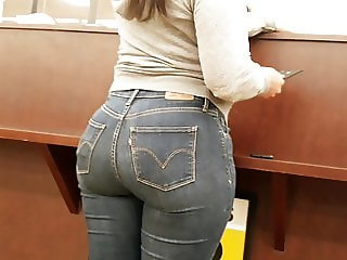 Perfect apple booty in Tight Levi's!!!