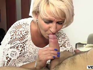 Afternoon blowjob from stepmom, when father is not at home