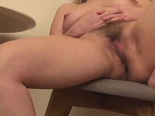 gf shows spread legs and hairy pussy