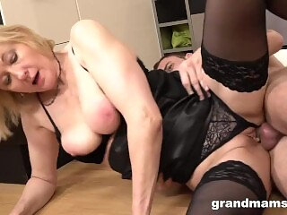 Blonde Mature With Big Natural Tits & Big Pussy Lips Is Fucking Her Toyboy.