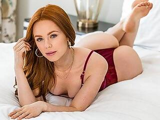 Slender redhead girlfriend suck penis and spread her legs for a spanki...