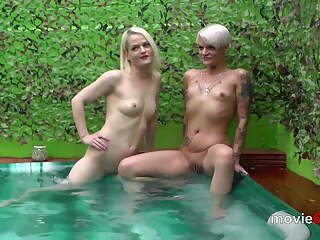 Outdoor gangbang in a pool with Lola Devil und Alexa Gold