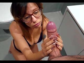 Nympho Gf Wants A Big Dick Inside Her Wet Ass Hole Anal
